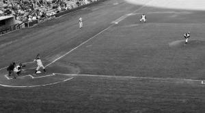 baseball image, black and white